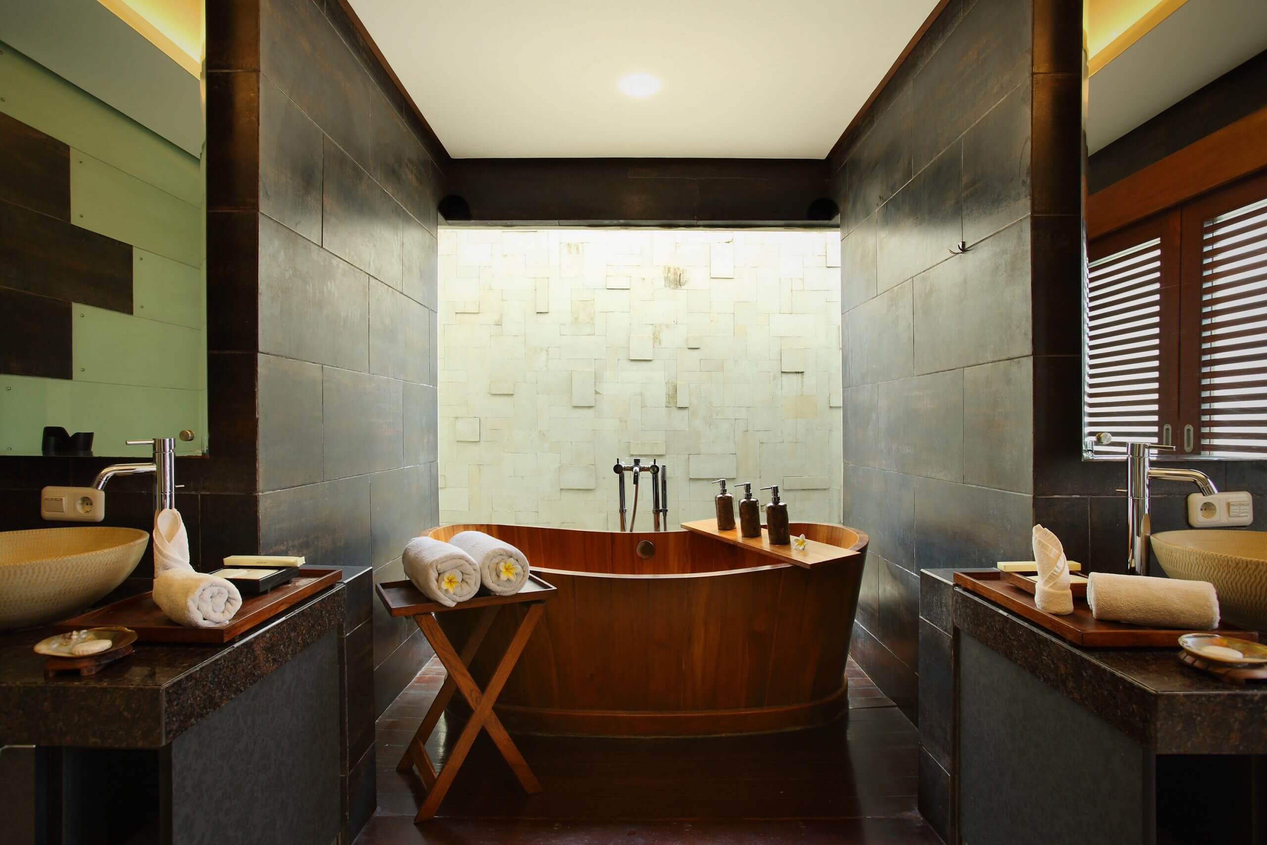 luxury bathtub villa canggu