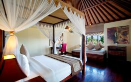 luxury bedroom villa at canggu